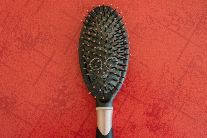 Am I Going to Let This Crappy Hairbrush Ruin MyDay?